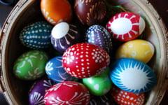 Idei inedite pentru decorarea oualor de Paste (Galerie foto)
