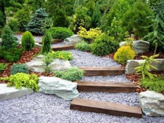 Idei pentru amenajarea gradinii: Cum realizezi o poteca sau un foisor (Galerie foto)