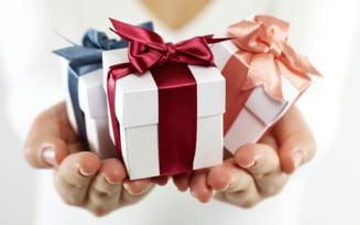 Idei si sfaturi pentru a face cele mai inspirate cadouri persoanelor dragi