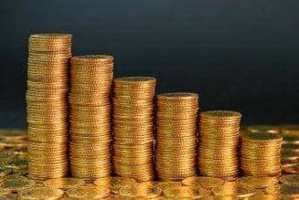 Ieftinirea dolarului a diminuat rezerva valutara a Romaniei cu 3,7%