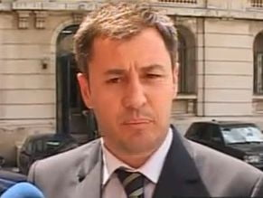 Igas si Ritli, chemati la Guvern dupa violentele din Bucuresti