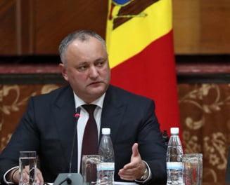 """Igor Dodon l-a invitat pe Klaus Iohannis la Chisinau, pentru """"o cooperare respectuoasa"""""""