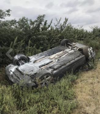 Igor Dodon si fiul sau au ajuns la spital dupa ce s-au rasturnat cu masina. UPDATE: Mesajul transmis de presedintele moldovean (Foto si video)