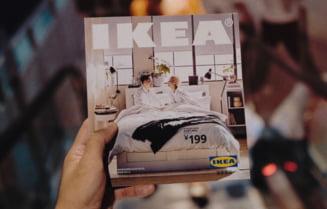 Ikea renunta la celebrul catalog pe care il printa anual, dupa 70 de ani de la aparitie