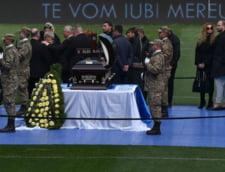 Ilie Balaci, inmormantat cu onoruri militare: Mamei fostului mare fotbalist roman i s-a facut rau