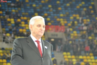 Ilie Sarbu: E o mica gluma sa vii acum cu alti candidati la presedintie!