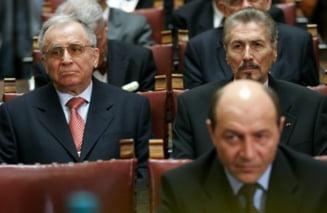 Iliescu, despre Basescu: Revenirea la Parlament unicameral, o viziune primitiva