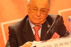 Iliescu, despre degringolada din PDL, capabilul Ungureanu si previziuni pentru alegeri
