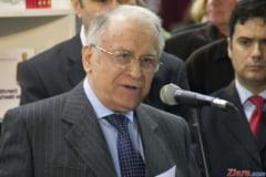 Iliescu, dupa victoria PSD: Romanii l-au comparat pe Ciolos cu Ponta si au votat in consecinta