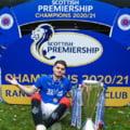 Imaginea zilei cu Ianis Hagi in vestiarul lui Glasgow Rangers FOTO