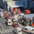 Imagini copleșitoare la Spitalul de Urgențe Floreasca: 11 ambulanțe așteaptă la intrarea unității medicale într-un haos de nedescris