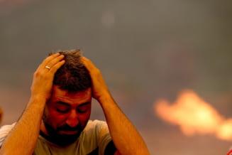 Imagini de coșmar din Turcia. Stațiuni celebre unde mii de români își fac concediile, cuprinse de incendii uriașe VIDEO