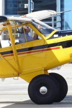 Imagini de la cel mai recent incident aviatic in care a fost implicat Harrison Ford (Video)
