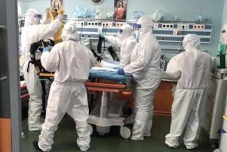"""Imagini dramatice de la UPU Sf. Pantelimon: """"Sunt 50 de pacienți care așteaptă șansa de a lupta pentru propriile vieți"""""""