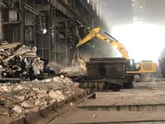 Imagini impresionante cu demolarea fostului colos industrial IMGB, uzina de 54 de hectare FOTO