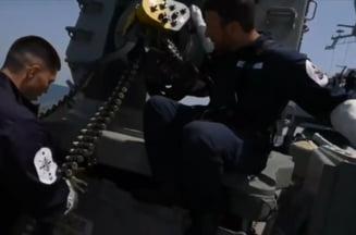"""Imagini la bordul navei britanice in timpul atacului din Marea Neagra. """"Daca nu schimbati cursul, deschidem focul!"""" VIDEO"""