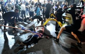 Imagini socante la televiziunea publica din Israel. Gloata surprinsa in timp ce ataca un sofer considerat arab VIDEO