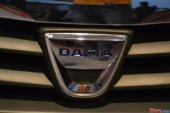 Imagini-spion cu noua Dacia Logan: Un facelift sau o versiune sport? (Foto)