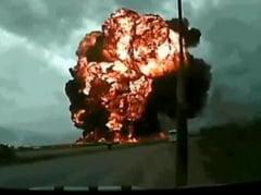 Imagini terifiante cu prabusirea unui avion, la scurt timp dupa decolare (Video)