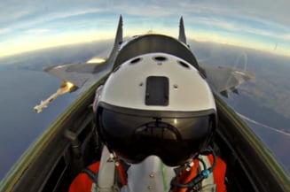 Imagini uimitoare din cabina unui avion MIG rusesc (Video)