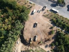 Imaginile dezastrului dintr-un parc al Capitalei, care a fost distrus in mod brutal, cu voie de la autoritati. Cine raspunde?