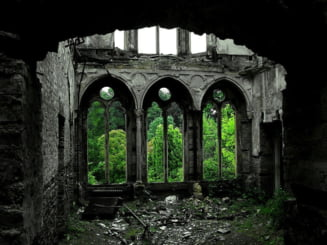 Imaginile socante ale trecutului aruncat in paragina (Galerie foto)