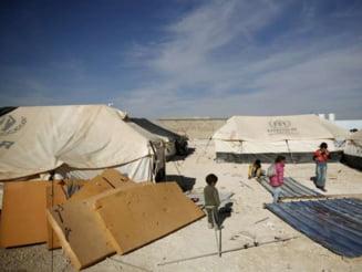 Imensa tabara de refugiati din Sicilia, un model pentru UE sau un ghetou?