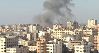 Imobilul care gazduia postul Al-Jazeera si birourile agentiei americane de informatii AP din Gaza, pulverizat de un atac anuntat de armata israeliana VIDEO