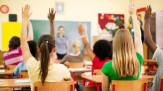 In Bucuresti, elevii nu vor sa participe la pregatirea pentru examene. In Cluj-Napoca, datele arata contrariul