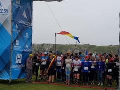 In cautarea istoriei. Aventura la Cheile Dobrogei Iuti de picior, alergatorii de la Maratonul Argonautilor au invins balaurul (galerie foto)