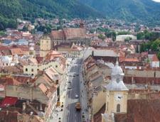 In centrul istoric din Brasov se va circula cu maximum 30 km/h. Primarul Allen Coliban vrea radare fixe ale politiei