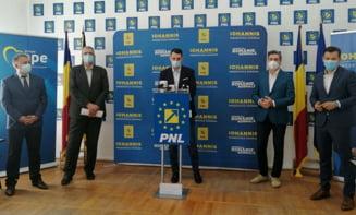 """In laboratoarele PNL Dolj se cauta """"o formula pentru a indeparta PSD-ul din Primaria Craiova si din Consiliul Judetean Dolj"""""""