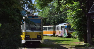 In plina pandemie, STPT arunca la fier vechi vehiculele istorice de muzeu