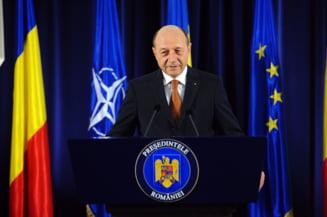 In preajma Floriilor, Traian Basescu a scos din teaca ramura de maslin (Opinii)