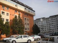 In sute de imobile cu risc seismic din Bucuresti nu se mai desfasoara activitati comerciale