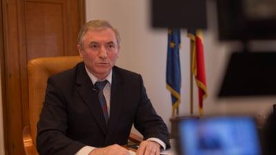 Inalta Curte ii da dreptate lui Lazar in disputa cu Toader: Suspendarea revocarii se va judeca la Alba Iulia