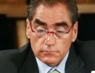 Inca 32 de parlamentari acuzati de incompatibilitate: Petre Roman si Sorin Iliesiu, printre ei