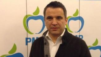 Inca o demisie din PMP - un deputat a parasit partidul
