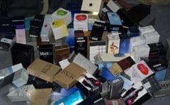 Inca o lovitura a politistilor de frontiera in Vama Giurgiu: 10.000 de parfumuri si cosmetice contrafacute, confiscate