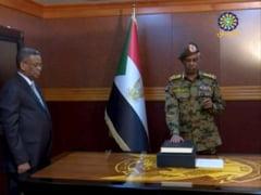 Inca o victorie a strazii in Sudan: Autorul loviturii de stat isi da demisia dupa o zi