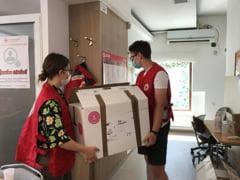 Inca trei nebulizatoare donate de Crucea Rosie Suceava catre Serviciul de Ambulanta Judetean Suceava