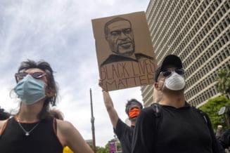 Inca trei politisti au fost inculpati pentru moartea afroamericanului George Floyd