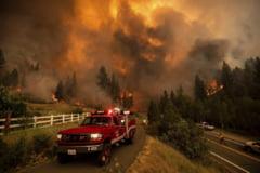 Incendiile continuă să facă ravagii în California. Alte 2.000 de persoane au fost evacuate VIDEO