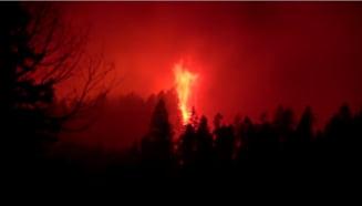 Incendiile fac ravagii în Vestul Canadei. A fost declarată stare de urgenţă și mii de familii au fost somate să își părăsească locuințele