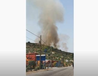 Incendiile masive din Grecia au dus la evacuarea a patru sate aflate în apropiere de oraşul Patras VIDEO