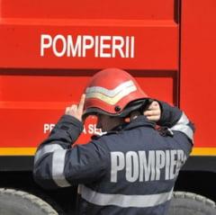 Incendiu intr-un bloc din Slatina: Zeci de persoane au fost evacuate
