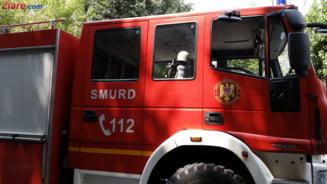 Incendiu la groapa de gunoi a Clujului. De 15 ore, pompierii se lupta cu flacarile