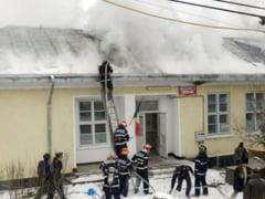 Incendiu la o scoala din Galati - elevi evacuati