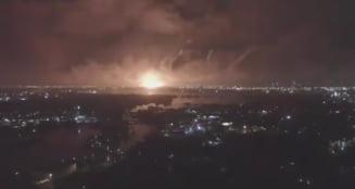Incendiu la una dintre cele mai importante rafinarii de pe Coasta de Est a SUA: O minge de foc s-a ridicat pe cer (Video)