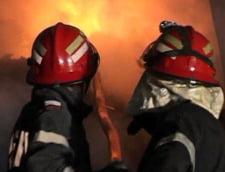 Incendiu puternic in Bucuresti: o cladire din zona Lacul Tei a luat foc